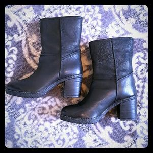 """Naughty Monkey """"Arctic"""" boot in leather"""